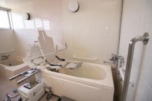 機械浴のリフト